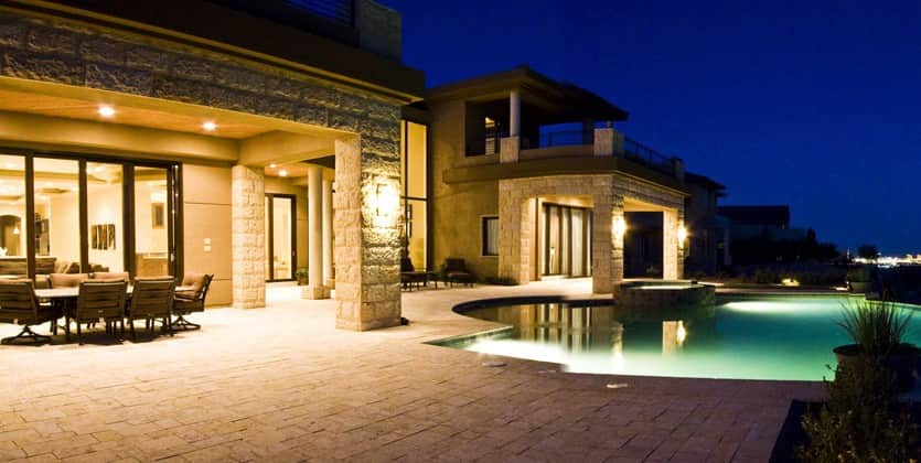 https://www.luxuryhomesoflasvegas.com/WP/wp-content/uploads/2015/07/las-vegas-estate-home-35-skybird-court-01.jpg
