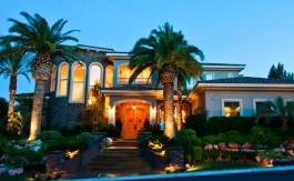 las-vegas-estate-home-2557-red-arrow