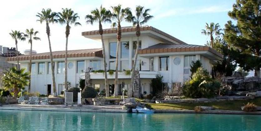 las-vegas-estate-home-2933-coast-line-court