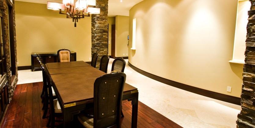 las-vegas-estate-home-41-painted-feather