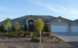 las-vegas-estate-home-451-trenier