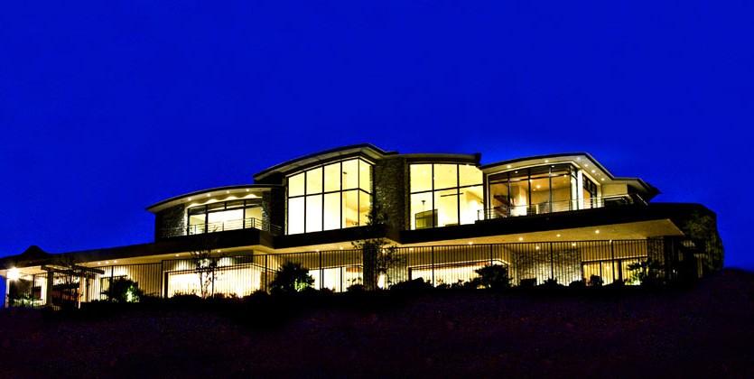 las-vegas-estate-home-95-hawk-ridge