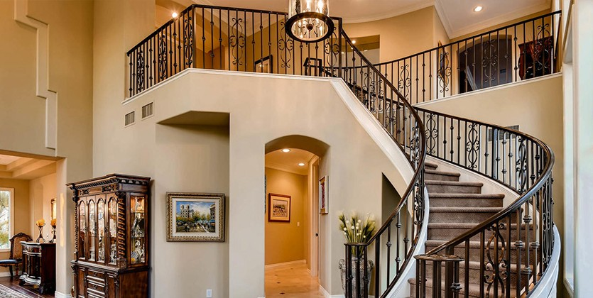 Country-Club-Hills-home-2053-Glenview-Dr