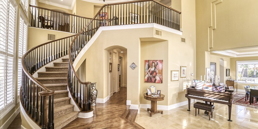 Country Club Hills Home for Sale, 1600 Bayonne Dr