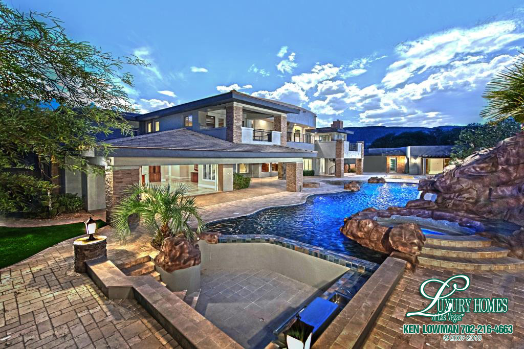Luxury Homes in The Ridges Las Vegas