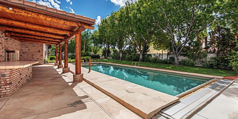 Las-Vegas-home-3090-E-Viking-Rd
