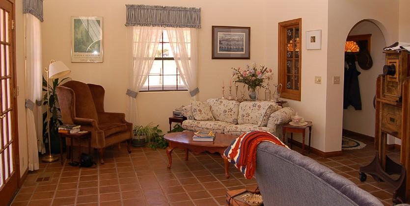las-vegas-estate-home-1220-calico-drive
