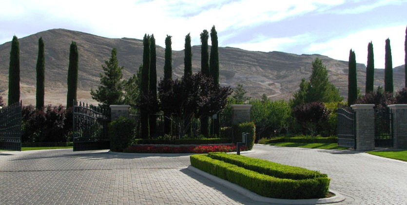 las-vegas-estate-home-16-golf-estates
