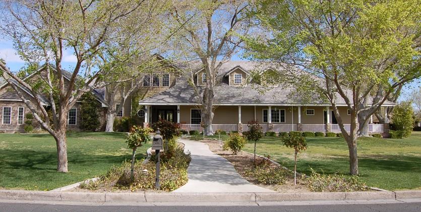 Rancho-Circle-home-330-Rancho-Circle