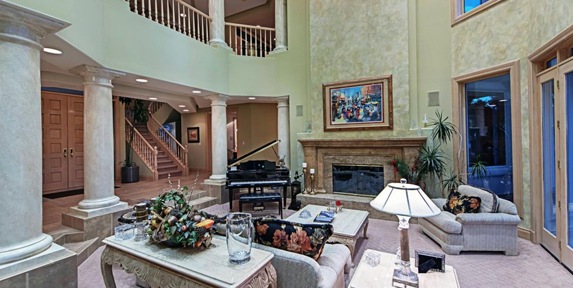 Canyon-Gate-home-8916-Canyon-Springs-Dr