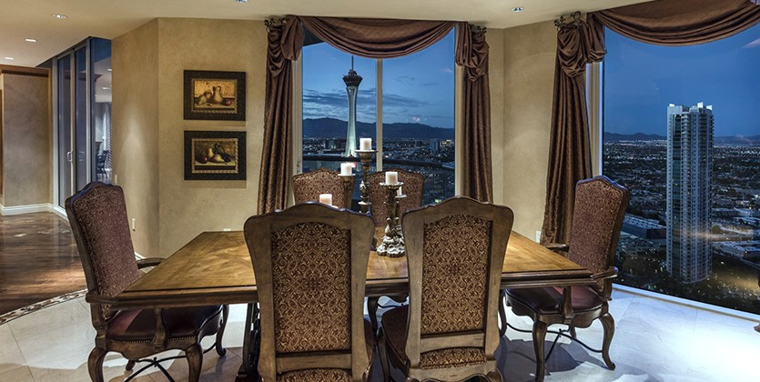Turnberry Place Home for Sale, 2777 Paradise Road #3701