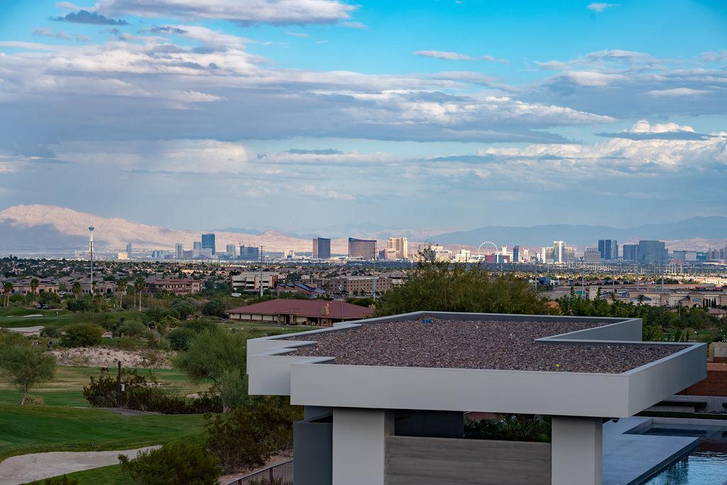 Las Vegas Top Broker