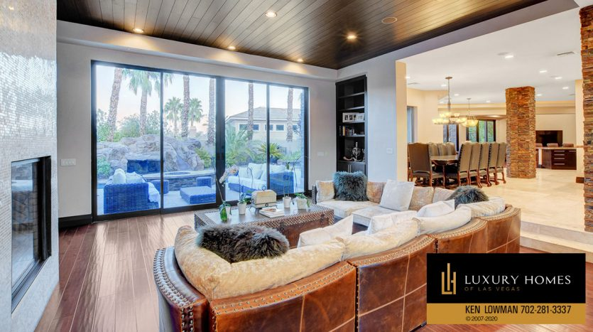 Living room at Canyon Fairways Home for Sale