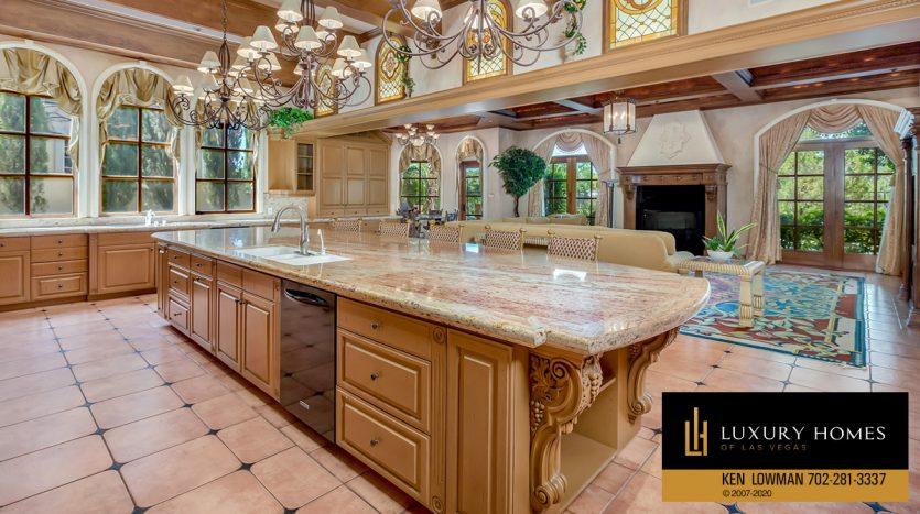 kitchen island, , 8608 Scarsdale Dr