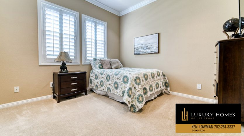 Guestroom at Red Rock Country Club Home for Sale, 11494 Glowing Sunset Ln