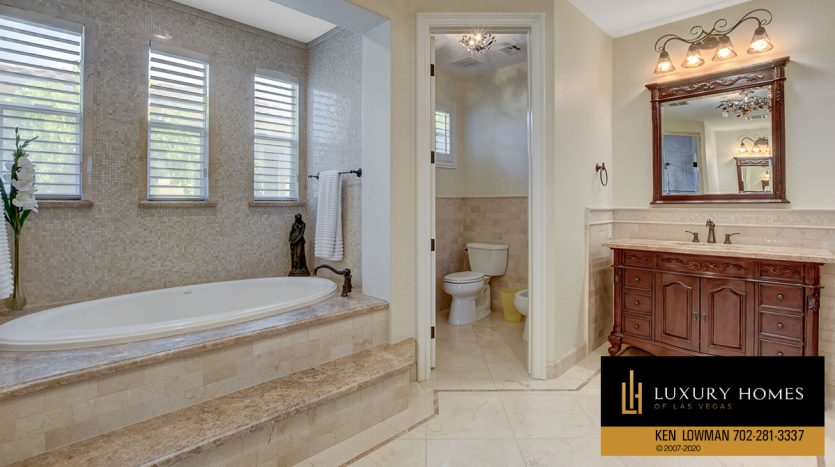 bath at Southern Highlands Home for Sale, 3863 Glasgow Green Dr