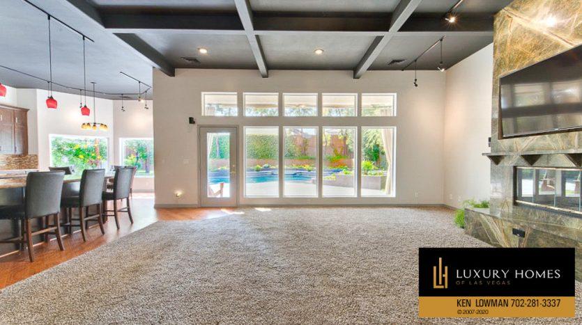 Ten Oaks Home for Sale, 1501 Golden Oak Dr