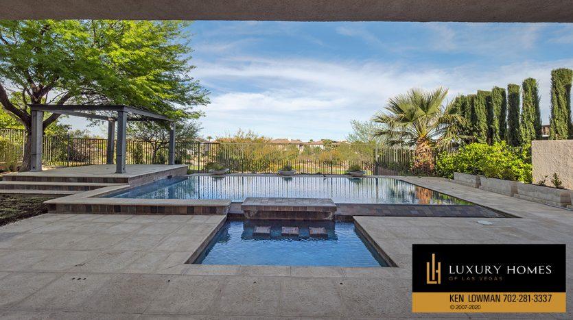 poolside at 2104 Orchard Mist St, Las Vegas, NV 89135