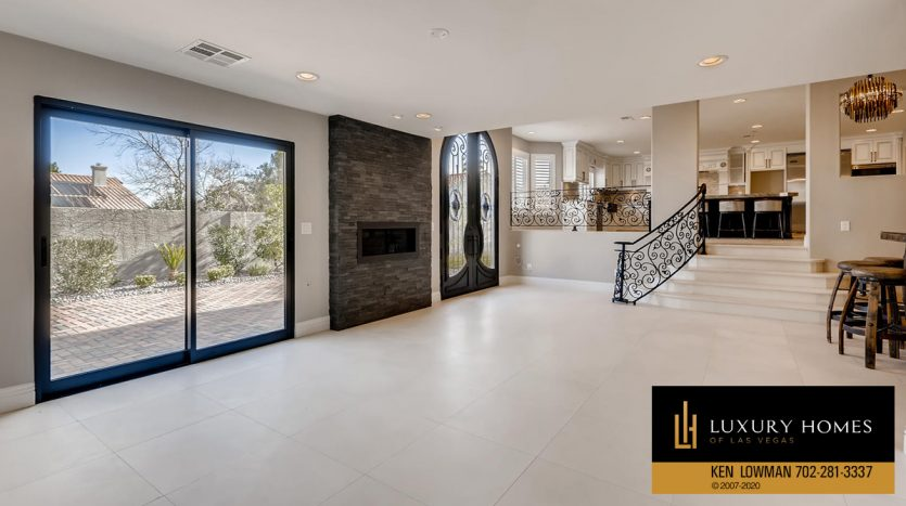 wide room at 3626 Dutch Valley Drive, Las Vegas