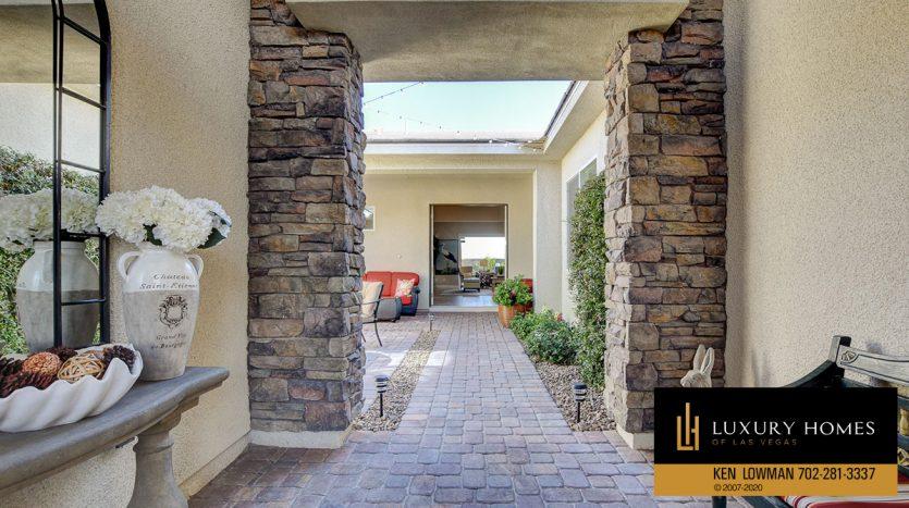 ERntrance to 8224 Sweetwater Creek Way, Las Vegas, NV 89113