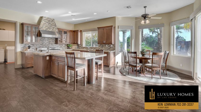 breakfast table, South West – Casablanca Estates Home for Sale, 2000 Bogart Ct