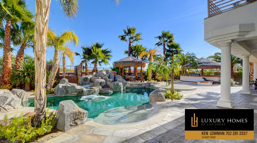 outdoor pool, South West – Casablanca Estates Home for Sale, 2000 Bogart Ct