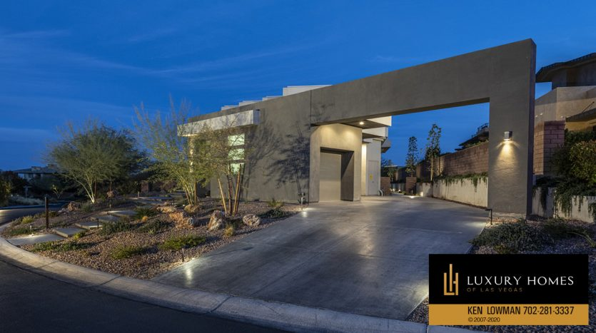 entrance to The Ridges Home for Sale, 31 Drifting Shadow Way, Las Vegas, NV 89135