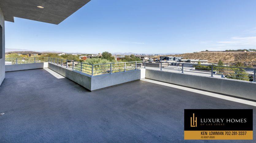balcony at 31 Drifting Shadow Way, Las Vegas, NV 89135