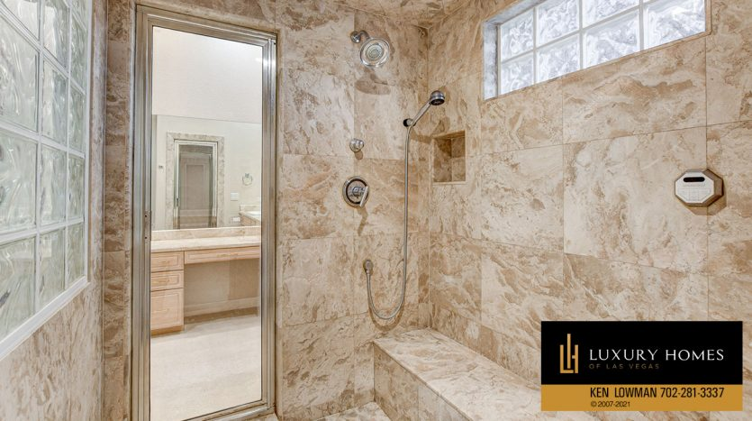 shower room at Canyon Fairways Home for Sale, 701 Canyon Greens Dr