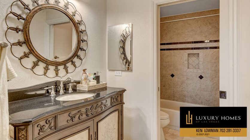 bath at Country Club Hills Home for Sale, 2053 Glenview Dr