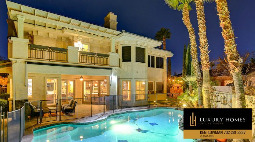 pool view at Country Club Hills Home for Sale, 2053 Glenview Dr