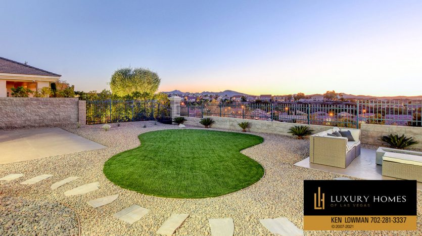 practise golf at Seven Hills Home for Sale, 1380 Ruby Sky Ct