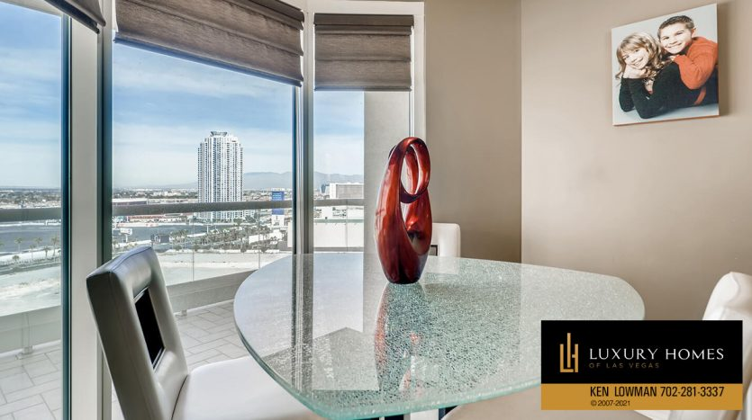 views at Turnberry Place Home for Sale, 2747 Paradise Rd #1606