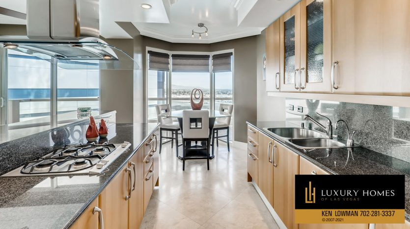 cooking range at Turnberry Place Home for Sale, 2747 Paradise Rd #1606