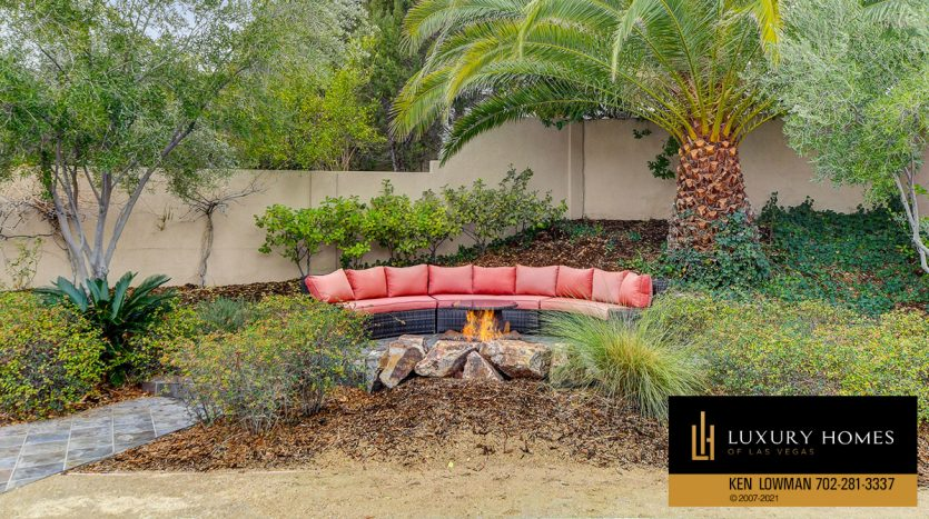 BBQ pit area at Canyon Fairways Home for Sale, 9509 Balatta Canyon Ct