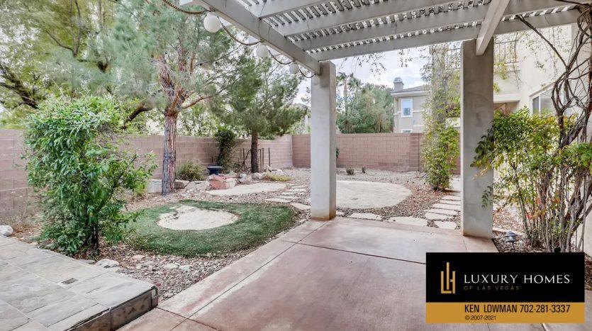 backyard at Eagle Rock at Summerlin Home for Sale, 508 Proud Eagle, Las Vegas, NV 89144