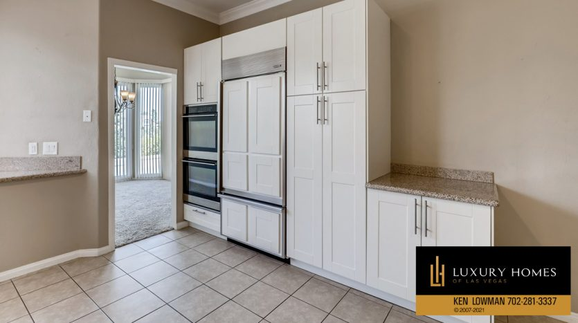 kitchen fittings at Canyon Gate Country Club Home for Sale, 8912 Rainbow Ridge Dr