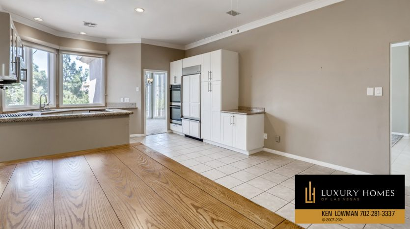 large kitchen at Canyon Gate Country Club Home for Sale, 8912 Rainbow Ridge Dr