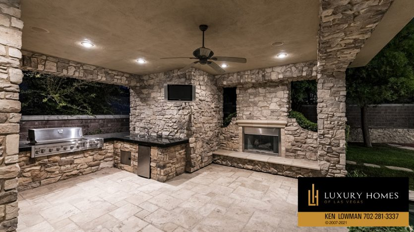 BBQ facility at Mountain Trails at Summerlin Home for Sale, 2316 Pearl Crest St