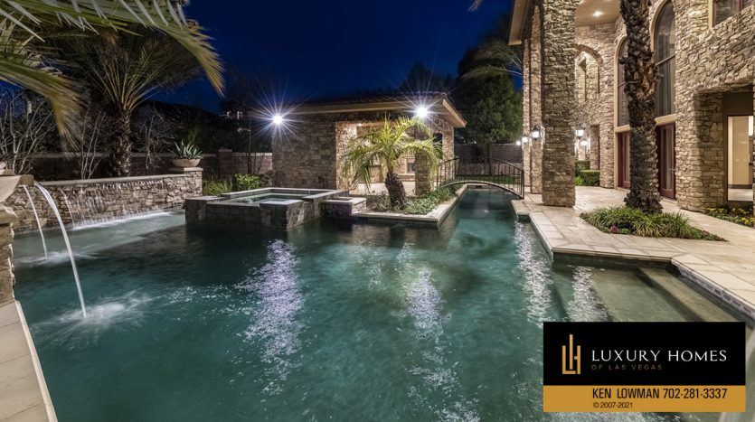pool at Mountain Trails at Summerlin Home for Sale, 2316 Pearl Crest St