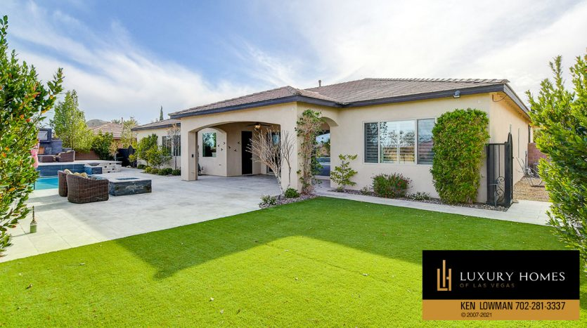 lawn area at Northwest Las Vegas Home for Sale, 5430 Serenity Brook Dr