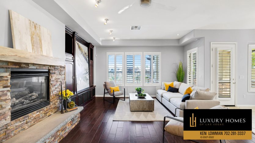 kitchen at Red Rock Country Club Home for Sale, 2122 Country Cove Ct