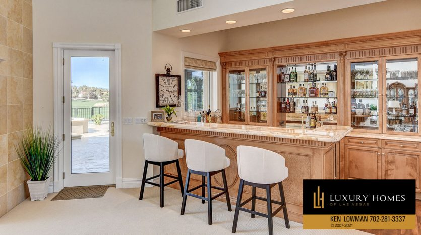 kitchen and breakfast countertop at Canyon Gate Country Club Home for Sale, 8900 Canyon Springs