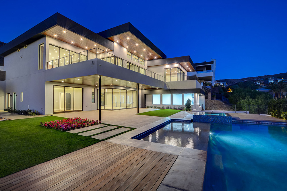 Upscale Homes in Las Vegas