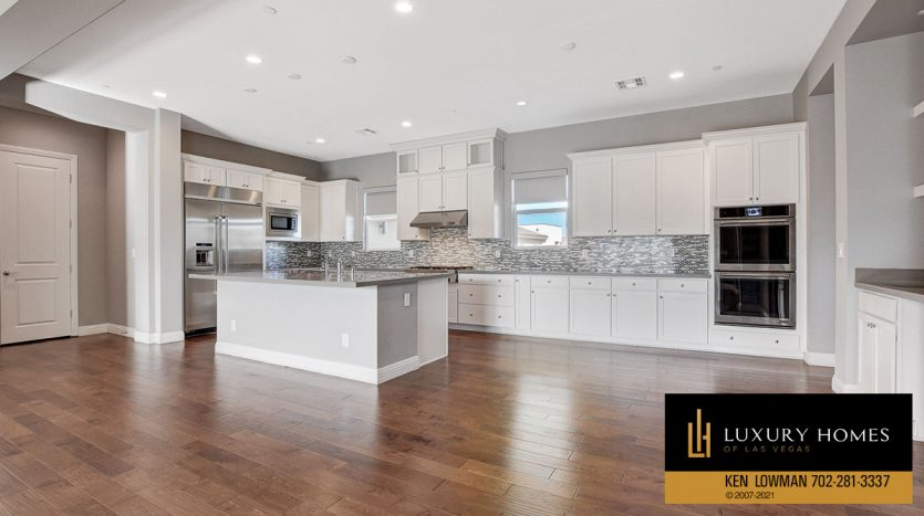 kitchen countertops at The Ridges Home for Sale, 11280 Granite Ridge #1097