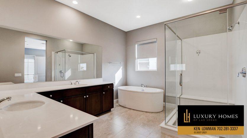bath at The Ridges Home for Sale, 11280 Granite Ridge #1097