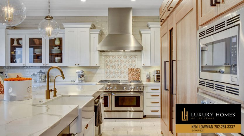 kitchen at Red Rock Country Club Home for Sale, 11606 Morning Grove Dr