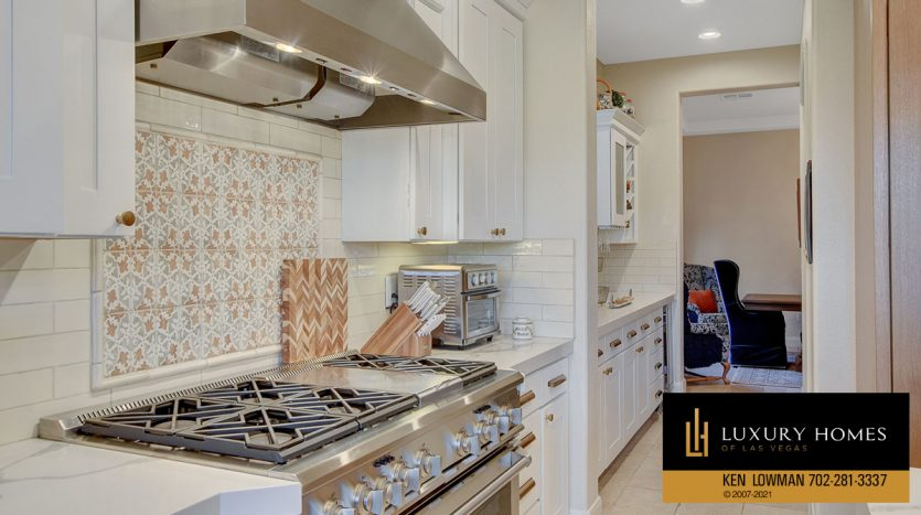 kitchen stove at Red Rock Country Club Home for Sale, 11606 Morning Grove Dr