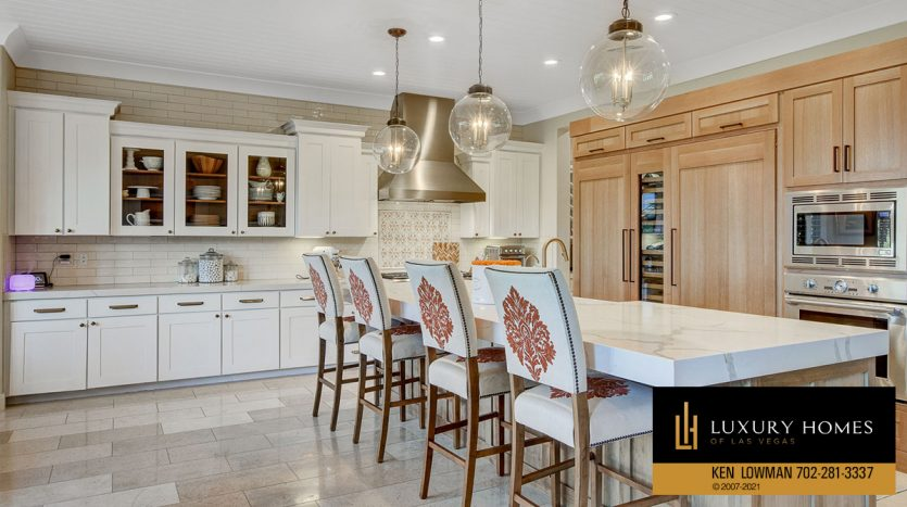 dining at Red Rock Country Club Home for Sale, 11606 Morning Grove Dr