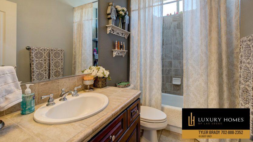 bath at Centennial Hills Home for Sale, 6883 Desert Island St, Las Vegas